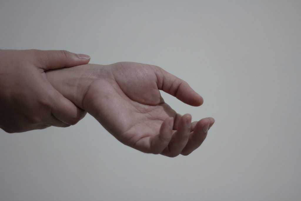 Best Wireless Ergonomic Keyboards - wrist pain